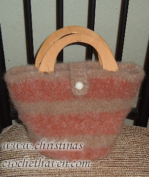 Felted Purse with Wood Handles